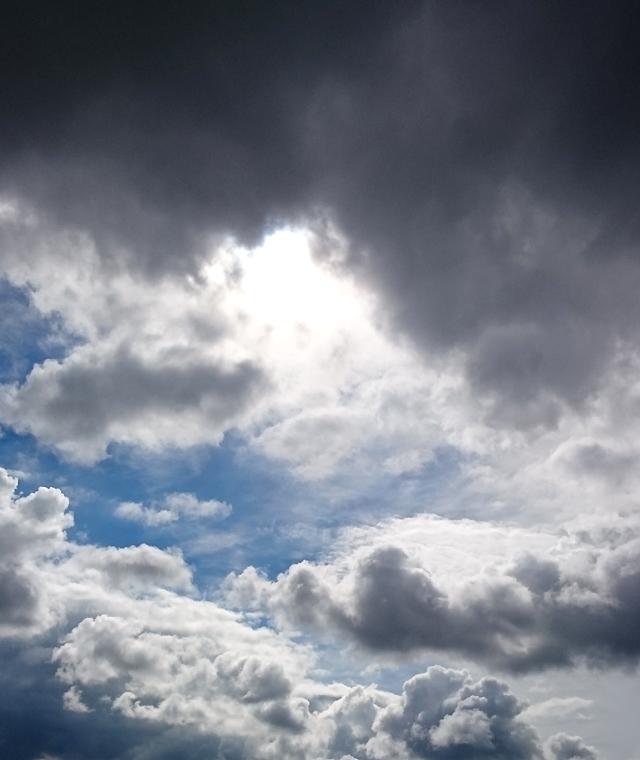 2015-08-15-wolken